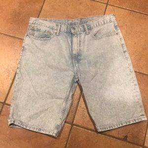LEVIS MEANS SHORTS SIZE 36